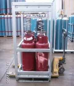 Acetylene G-Cylinders in a bundle